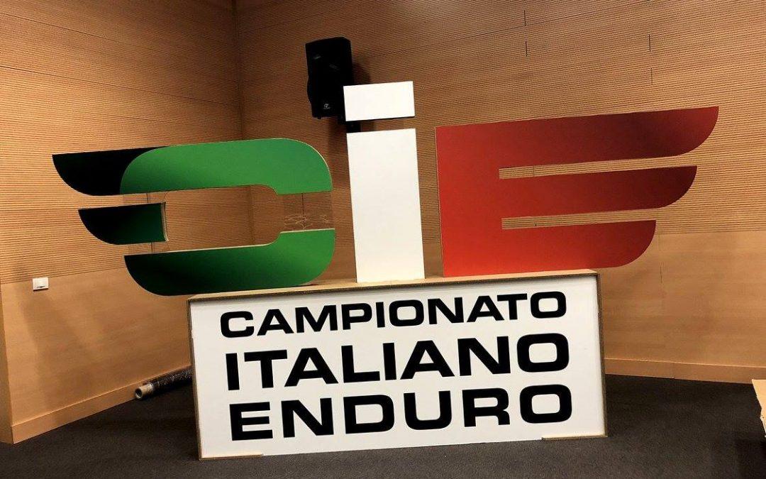 Italiano enduro 3 medaglie per il Motoclub AMX